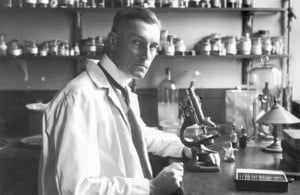 Sir Bernard Spilsbury in his laboratory at St Bartholomew's Hospital
